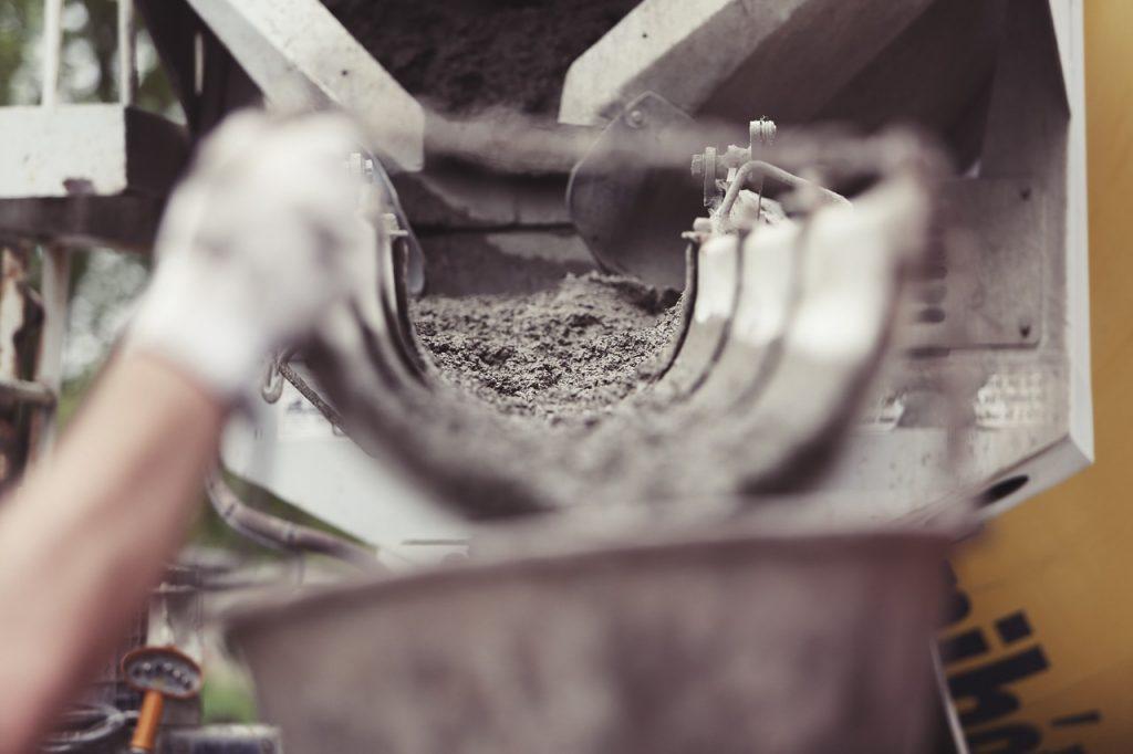 concreto auto adensável durante preparação