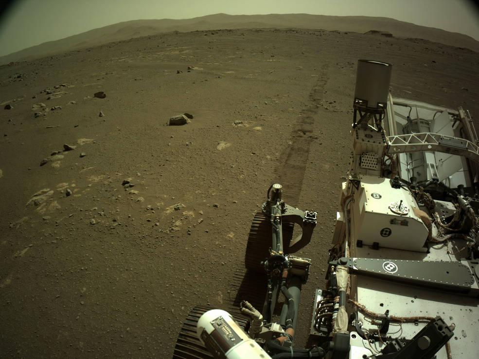 """""""Pegadas de Perseverance em Marte"""""""