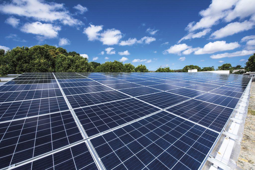 Placas solares para geração de energia elétrica