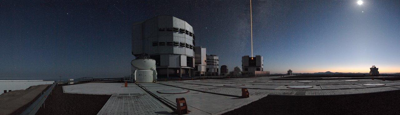 https://www.eso.org/public/images/vlt-laser-potw/