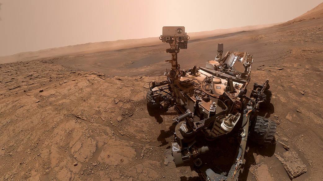 O rover Curiosity da NASA tirou esta selfie em 11 de outubro de 2019, o 2.553º dia marciano, ou sol, de sua missão.