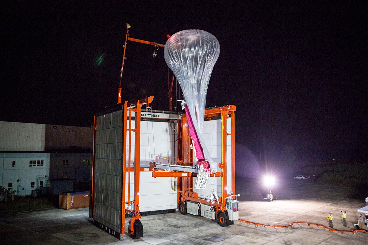 Imagem de mecanismo usado para lançar o balão em visão noturna